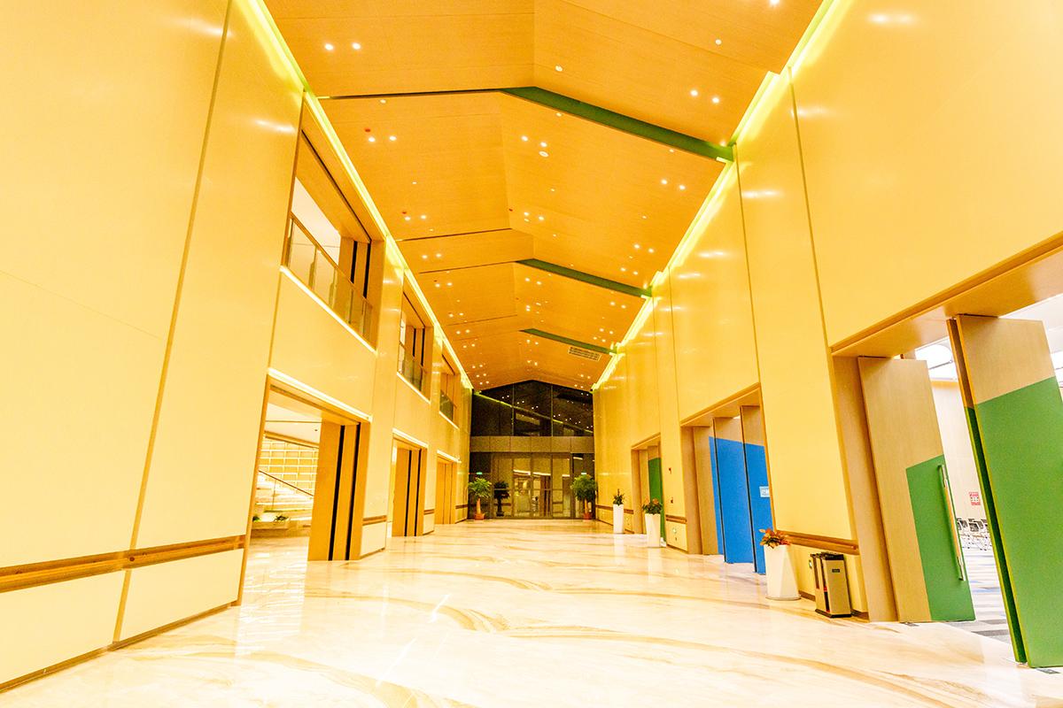 CEC - Inside view